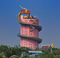 Temple in Thailand The dragon looks expensive guess they had to cut some corners on the building