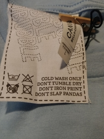 The instructions on this clothing tag