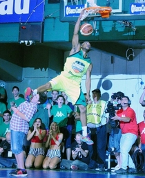 The risks of being an obstacle during a Slam Dunk Contest