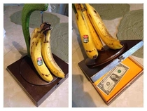 theres always money In the banana stand
