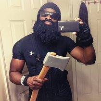 Thought id go as a Lumberjack ended up looking like Rick Ross with an Axe