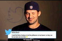 Tony romo reading mean tweet about himself