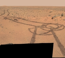 Tracks on Mars from Curiosity rover produce the very first actual Space Dick