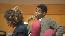 Ushers face after his wife lost custody battle today