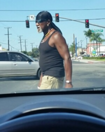 Was driving through Compton and I think I found Hulk Hogans brother from another mother