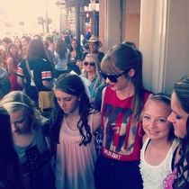 When my friend went to the  concert in Nashville fans kept coming up to her thinking she was actually Taylor Swift