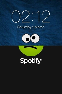 When my iPhone crashed while using Spotify my Cookie Monster wallpaper contributed to how the phone felt