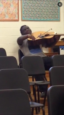 When you high af in music class