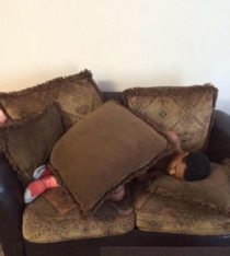 When youre at a friends house and he goes to sleep without giving you a blanket