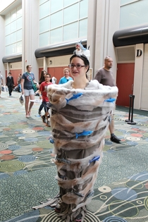 Woman cosplayed as Sharknado at the Salt Lake Comic-Con I have no words